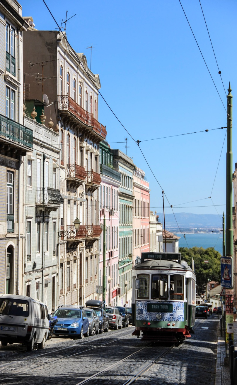 amelieruna_Lisbon_Sights_Alfama_14